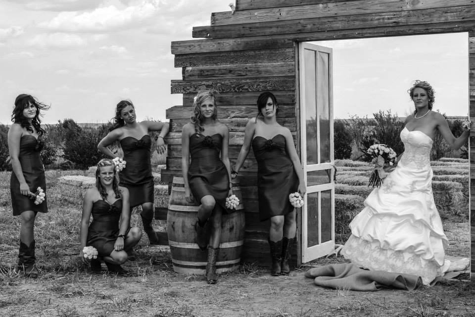 Top 10 Reasons to Have a Country Wedding