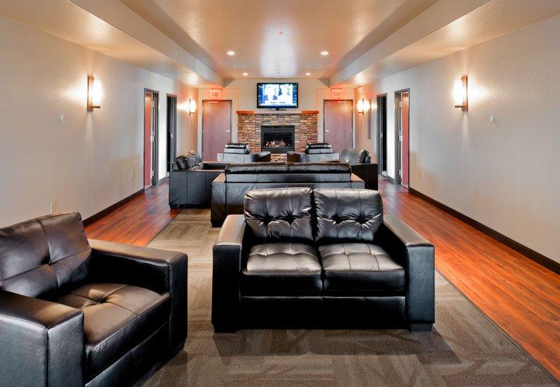 Luxury Lodging & RV